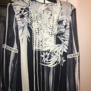 Elie Tahari navy blouse